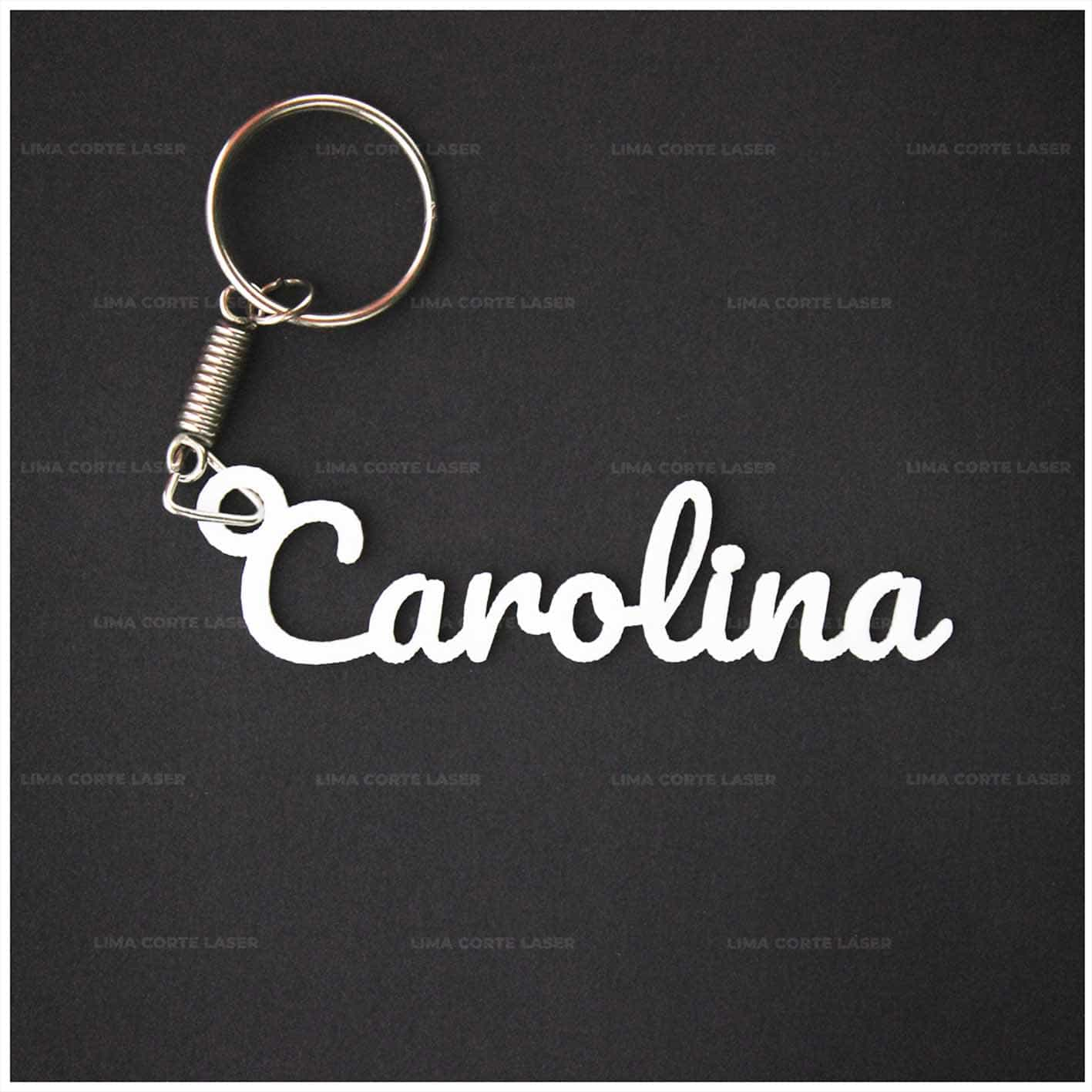 Corte láser acrílico con forma de llavero personalizado con nombre Carolina