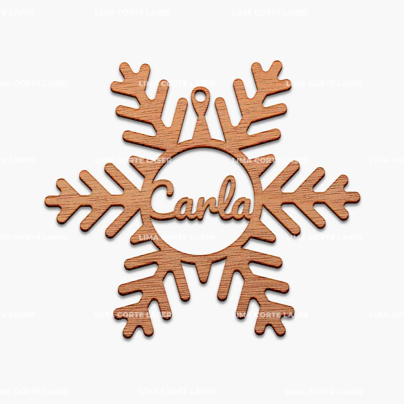 Adorno navideño personalizado con la forma de un copo de nieve con nombre Carla