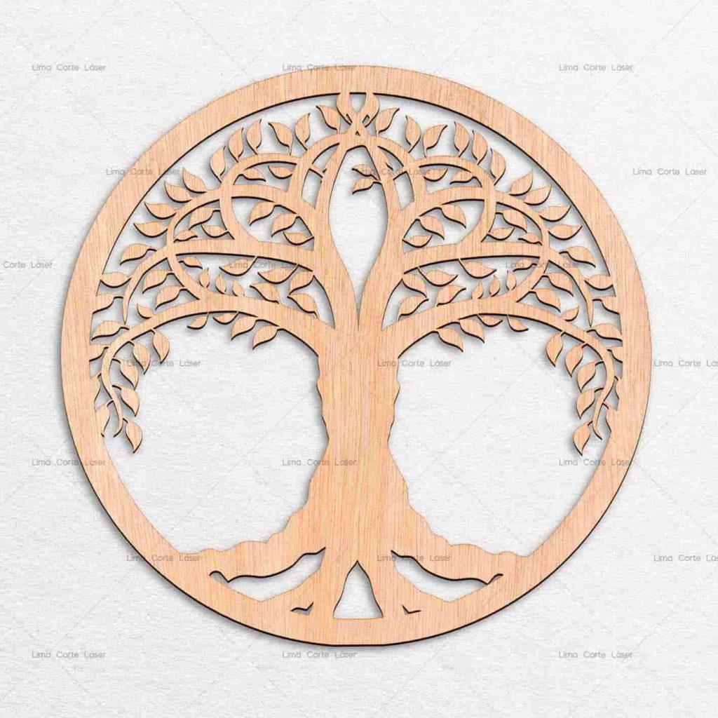 Árbol de la vida hecho de madera y cortado con láser