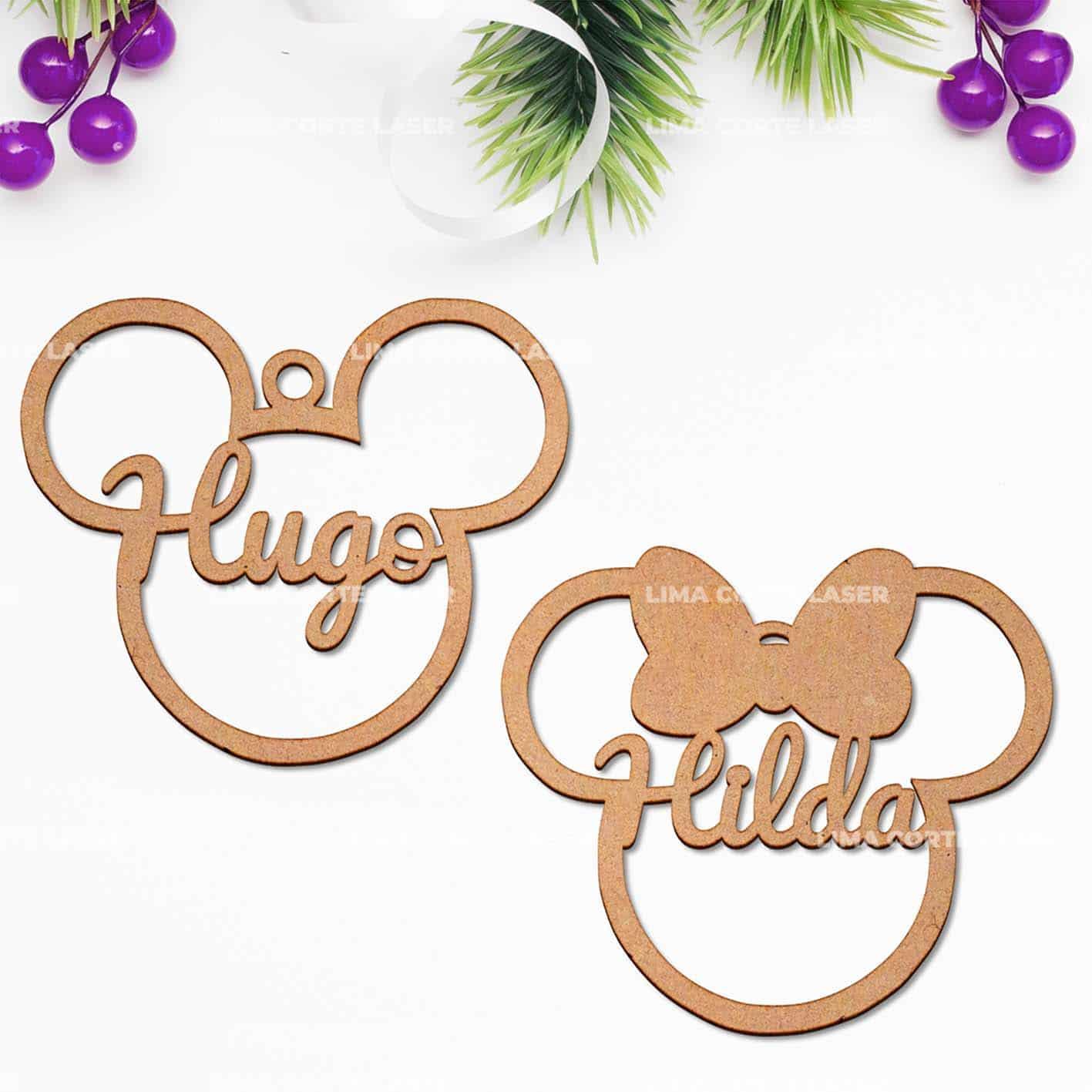 Bola de Navidad personalizada figura Disney en madera