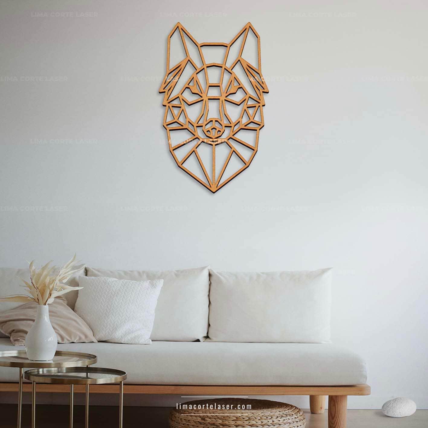 Corte láser MDF con la figura de lobo geométrico ideal para un adorno para pared