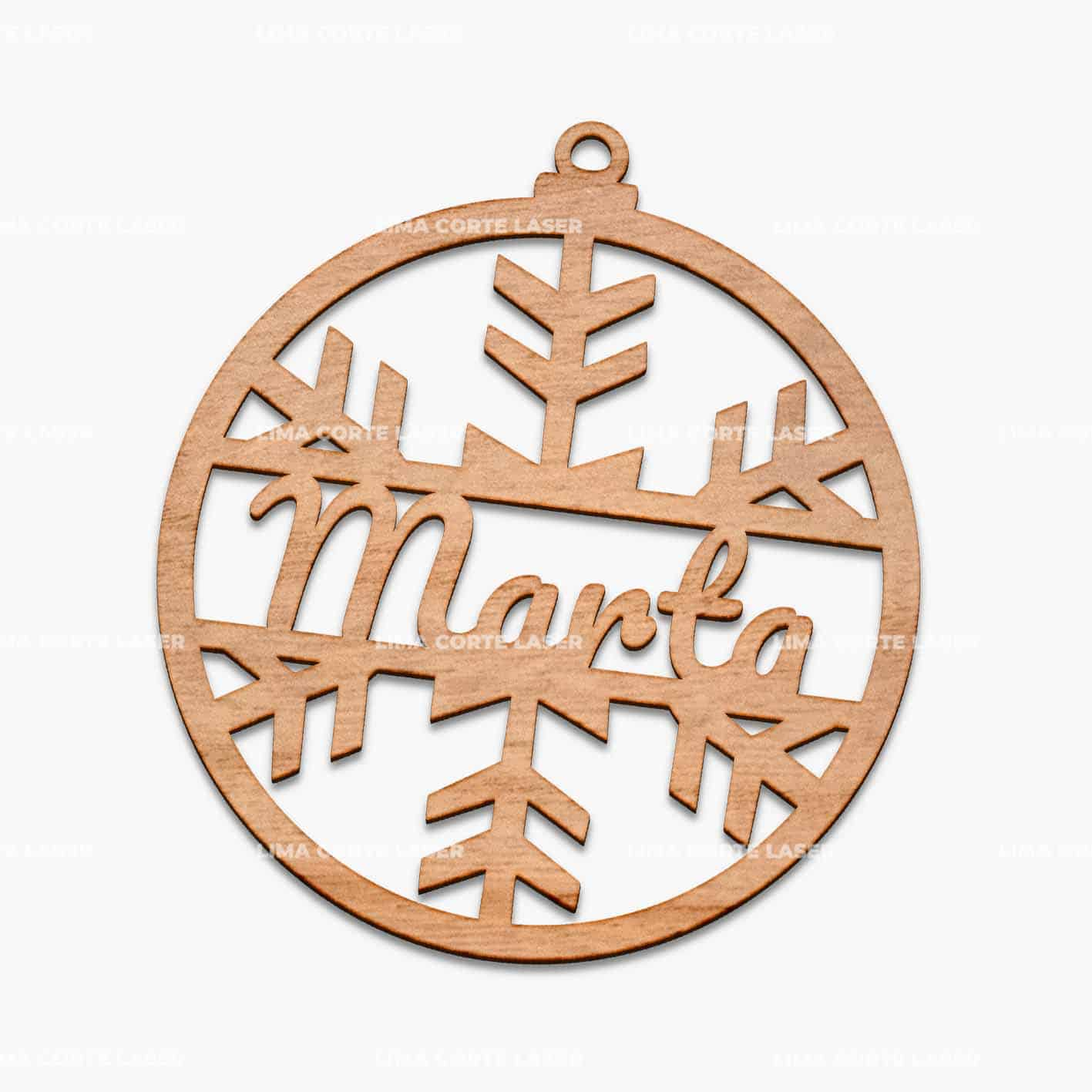 Esfera navideña de madera personalizada con nombre Marta