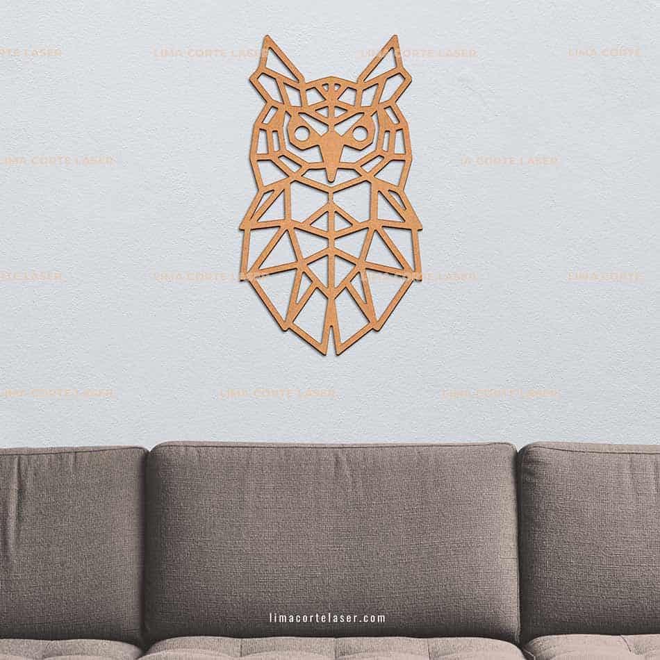 Animal geométrico de madera con forma de búho