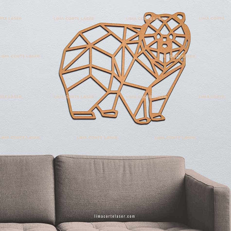 Animal geométrico de madera con forma de oso