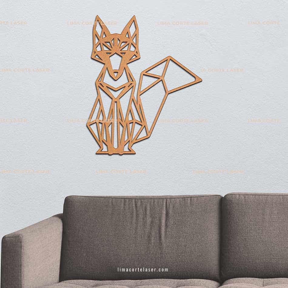 Animal geométrico de madera con forma de zorro